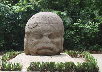 Skulptur der Olmeca