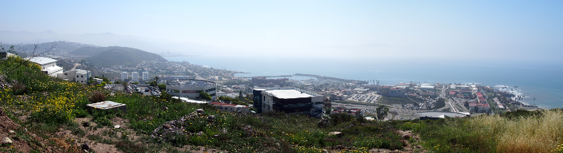 Blick vom CICESE-Hügel.