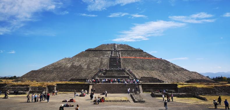 Die Sonnenpyramide von Teotihuacán.