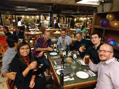 Gruppenfoto in der Cantina .