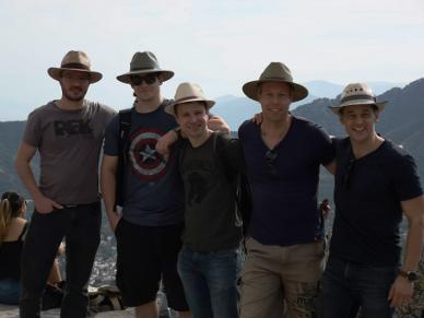 Gruppenfoto auf den Pyramiden.